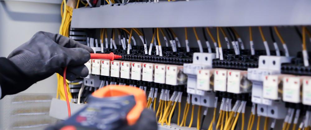 ตรวจสอบระบบไฟฟ้าประจำปี